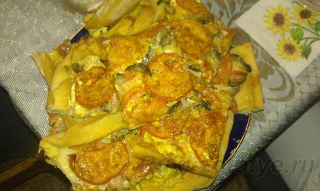 пицца с консервированными грибами
