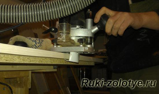 как подключить пылесос к кромочному фрезеру