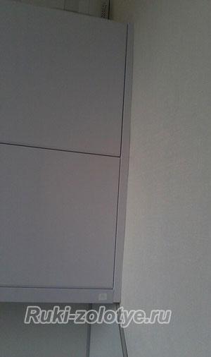 подгонка фальшпанели под профиль стены