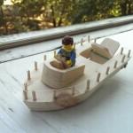 детский самоходный кораблик