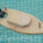 самодельный деревянный кораблик