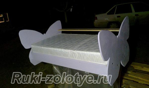 krovat-babochka9