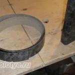 как наклеить пластиковую кромку на торец столешницы