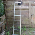 дачная лестница из металлопрофиля